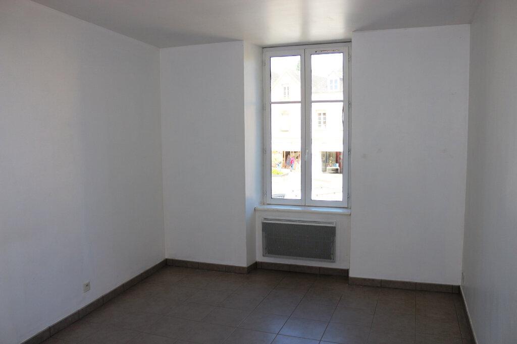 Appartement à louer 2 65.6m2 à Rostrenen vignette-3