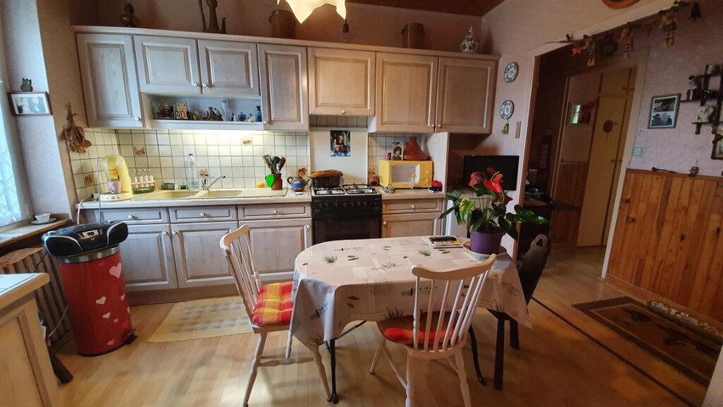 Maison à vendre 4 82m2 à Carhaix-Plouguer vignette-3