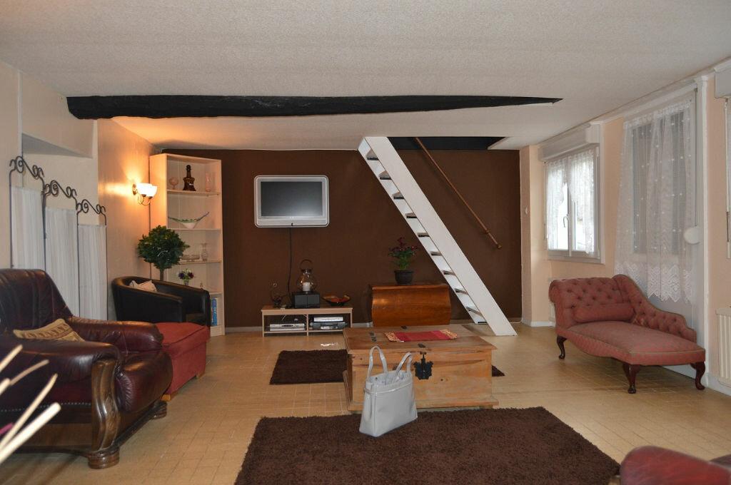 Maison à vendre 3 66.87m2 à Rostrenen vignette-5