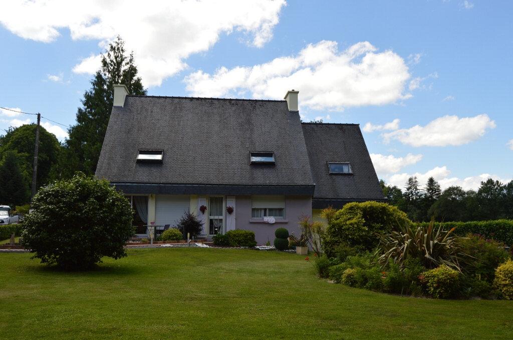 Maison à vendre 6 140.86m2 à Plouray vignette-1