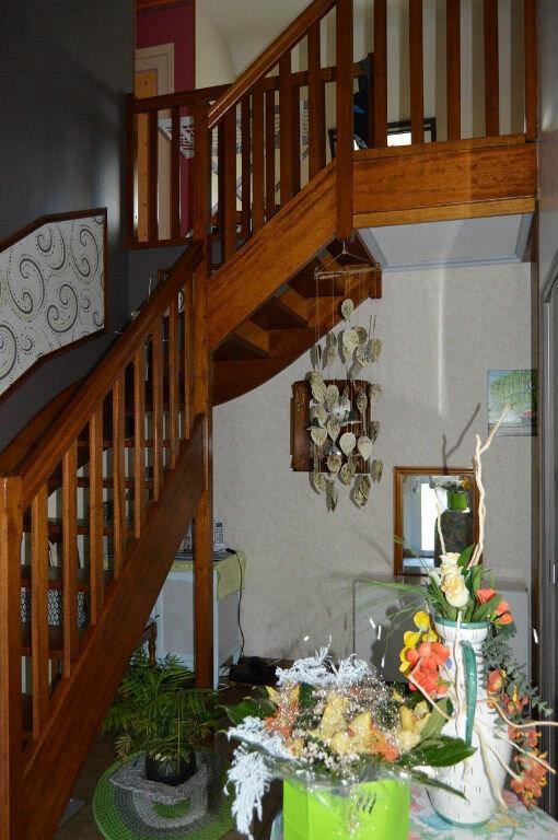 Maison à vendre 6 140.86m2 à Plouray vignette-6