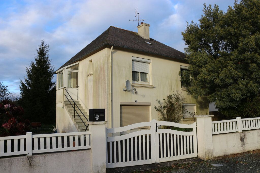 Maison à vendre 5 86m2 à Maël-Carhaix vignette-1