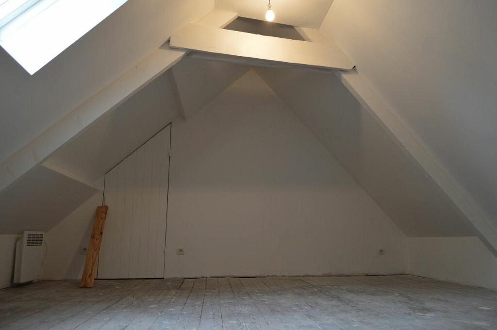 Maison à vendre 5 93.8m2 à Glomel vignette-9
