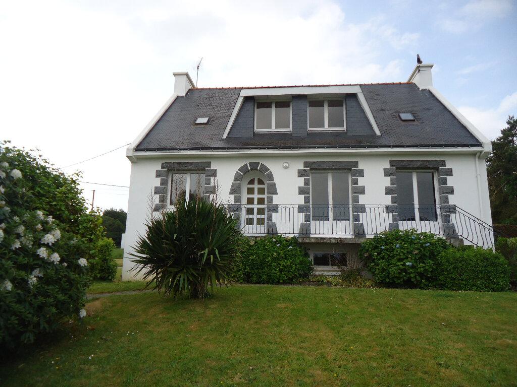 Maison à vendre 7 143m2 à Gourin vignette-1