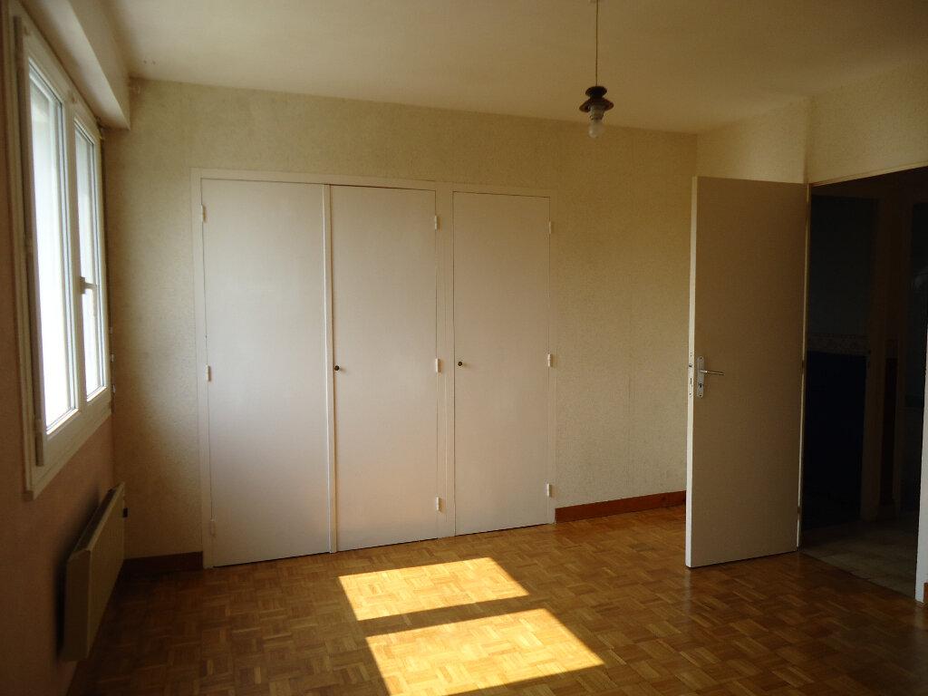 Maison à vendre 7 143m2 à Gourin vignette-5