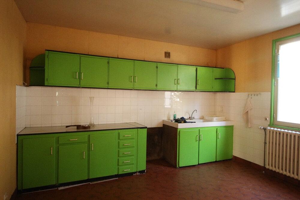 Maison à vendre 6 125m2 à Carhaix-Plouguer vignette-5