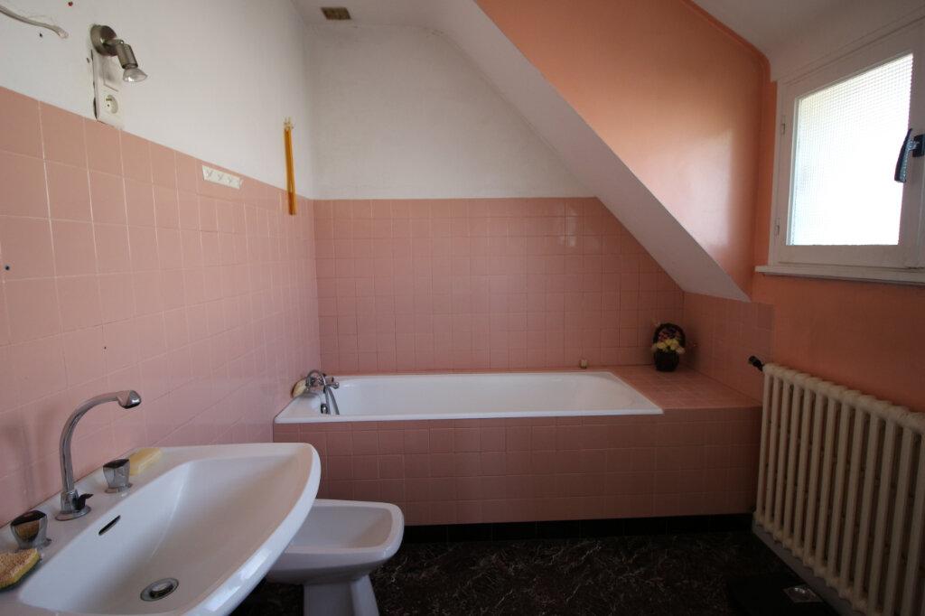 Maison à vendre 6 125m2 à Carhaix-Plouguer vignette-7