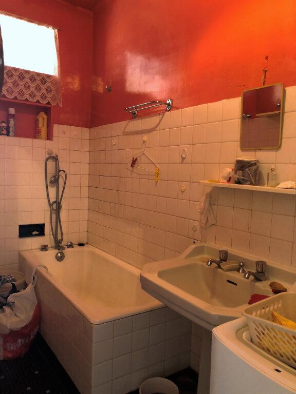 Appartement à vendre 4 58m2 à Carhaix-Plouguer vignette-6