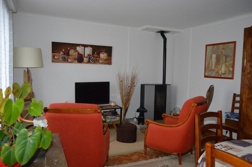 Maison à vendre 6 119.78m2 à Gouarec vignette-2