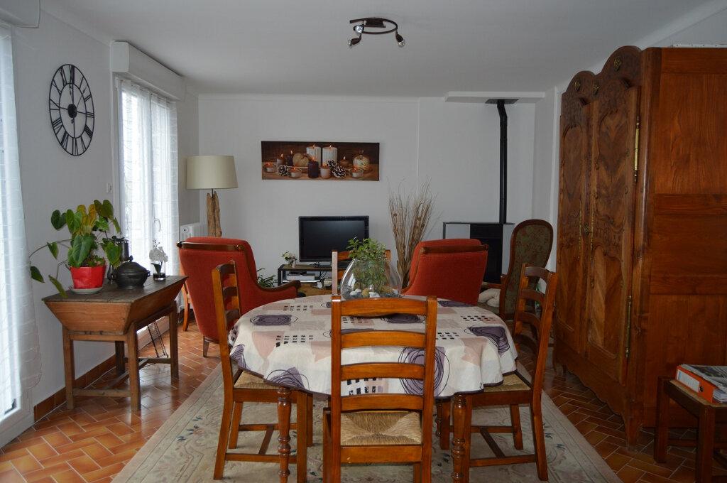 Maison à vendre 6 119.78m2 à Gouarec vignette-3