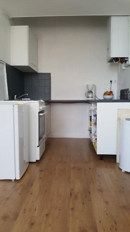 Appartement à vendre 2 51m2 à Guingamp vignette-4