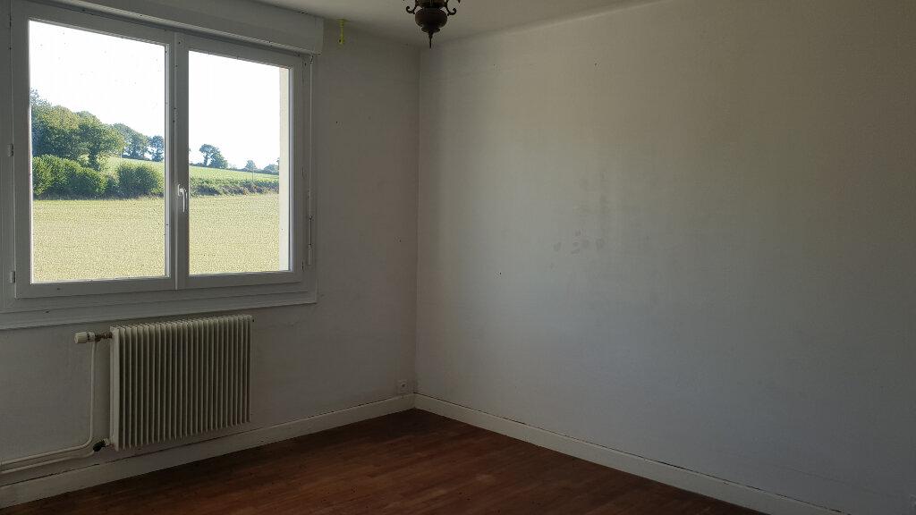 Maison à louer 6 112.62m2 à Locarn vignette-4