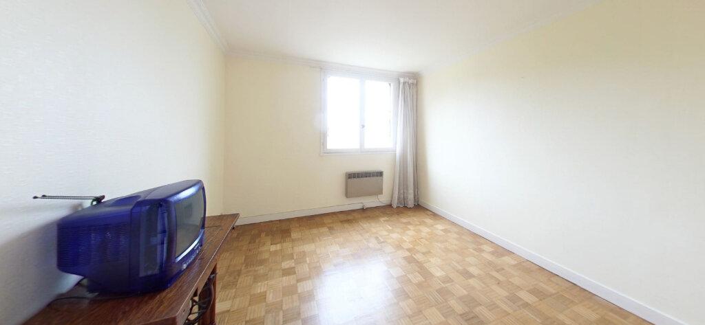 Appartement à vendre 3 65.44m2 à Guingamp vignette-3