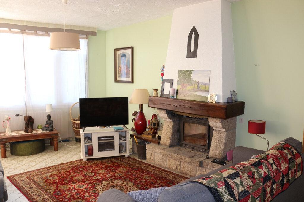 Maison à vendre 7 152m2 à Locarn vignette-4