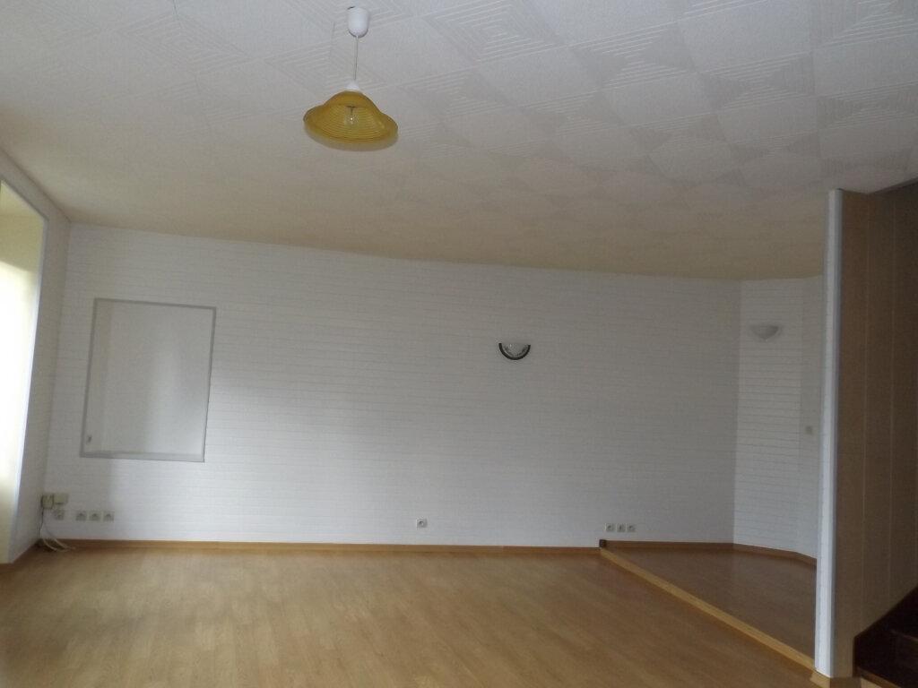 Maison à vendre 5 75m2 à Guingamp vignette-2