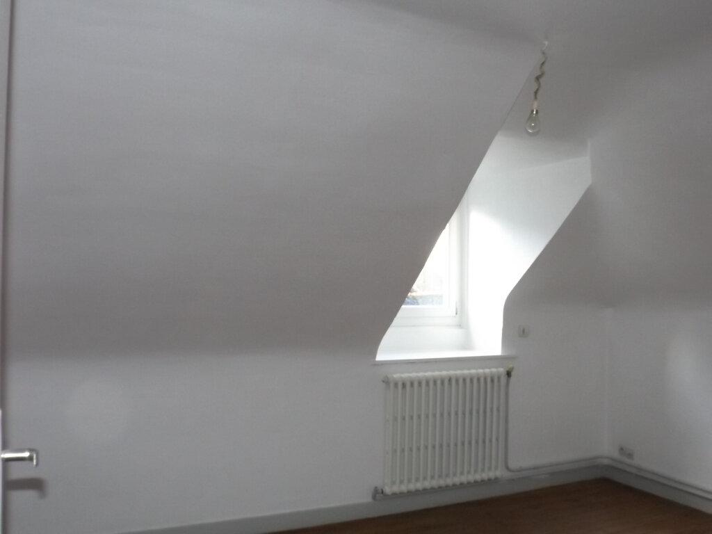 Maison à vendre 5 75m2 à Guingamp vignette-3