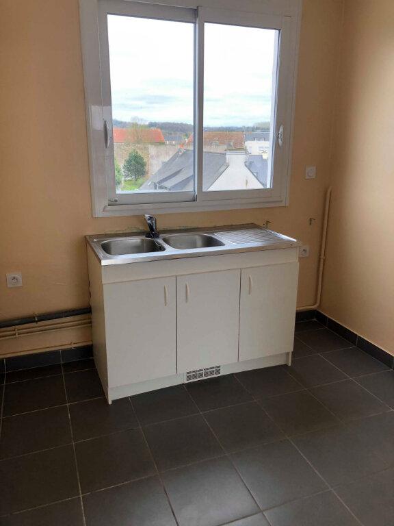 Appartement à louer 3 78.83m2 à Guingamp vignette-4