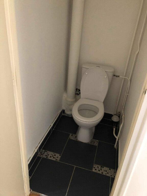 Appartement à louer 3 78.83m2 à Guingamp vignette-6