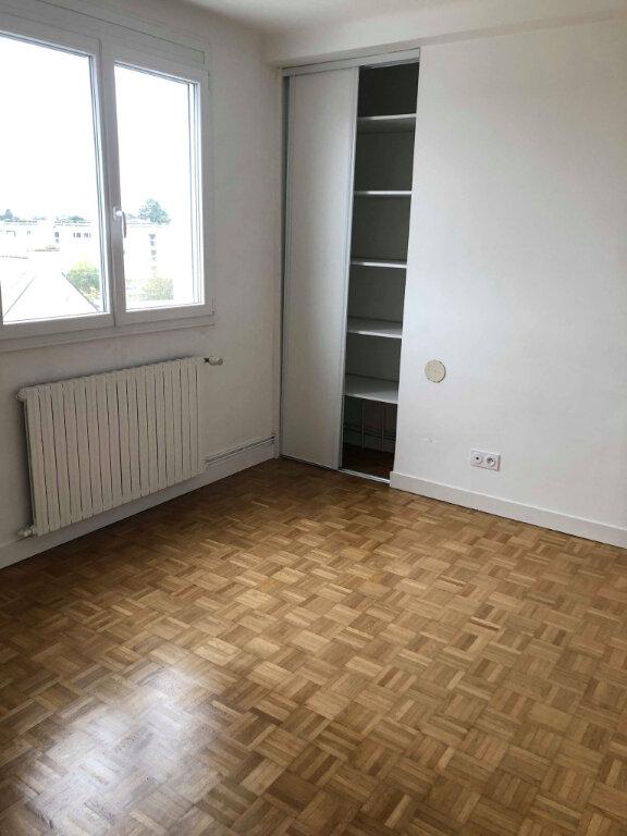 Appartement à louer 3 78.83m2 à Guingamp vignette-7