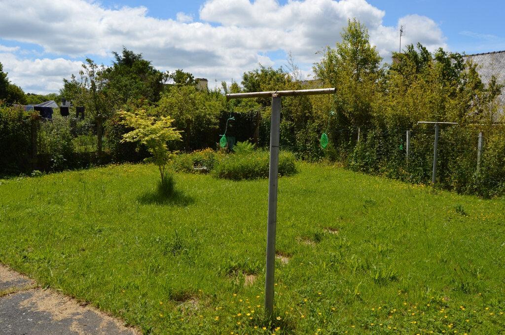 Maison à vendre 7 111.57m2 à Rostrenen vignette-6