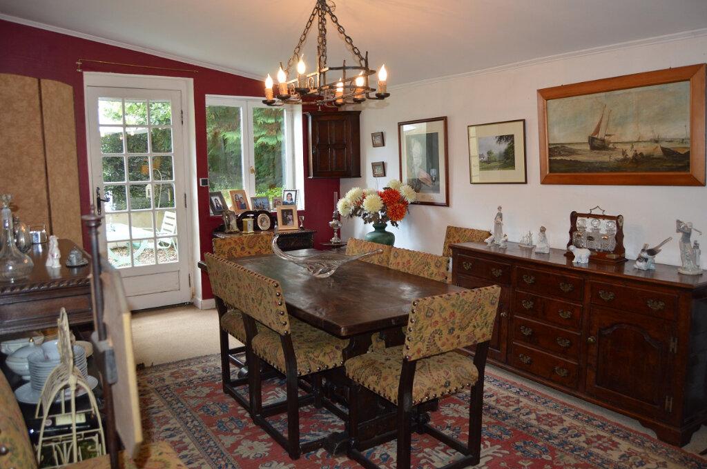 Maison à vendre 8 142.93m2 à Glomel vignette-4