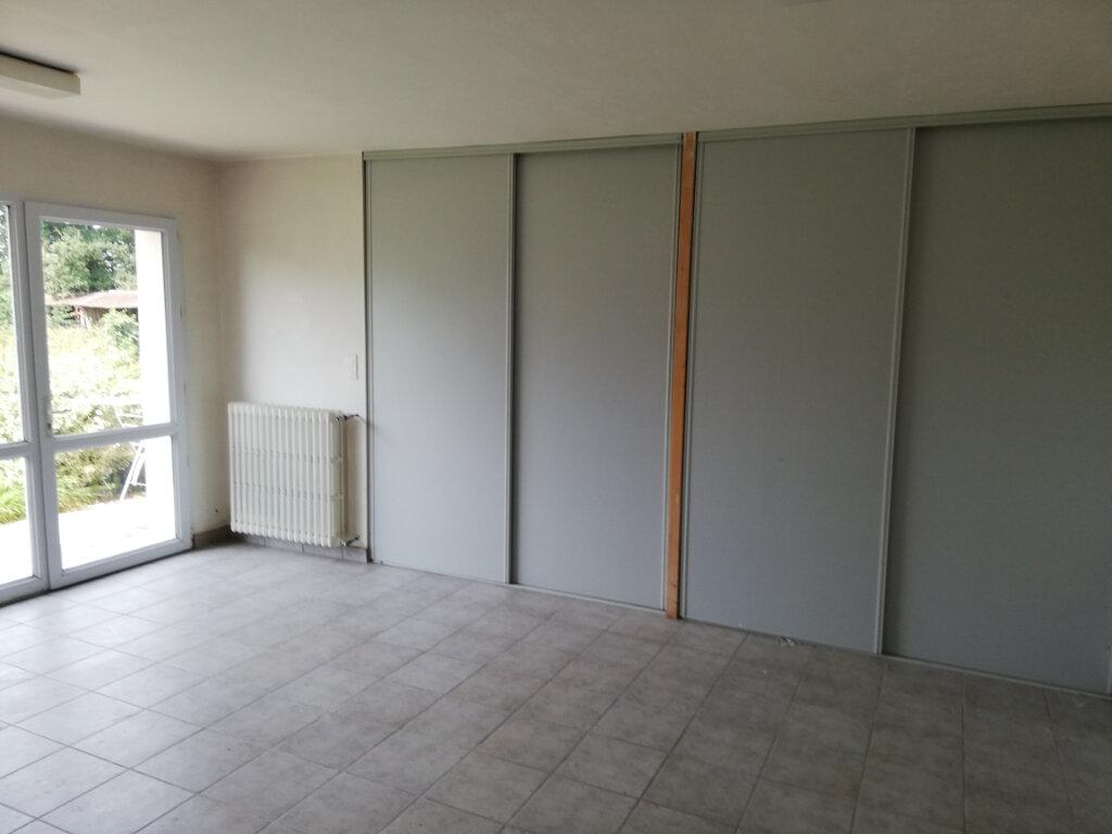 Maison à vendre 9 250m2 à Le Cambout vignette-2