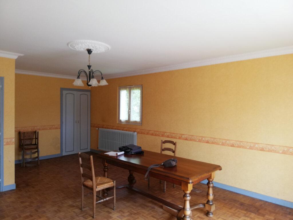 Maison à vendre 9 250m2 à Le Cambout vignette-4