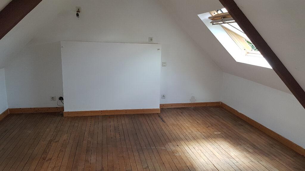 Maison à louer 5 79.08m2 à Glomel vignette-6