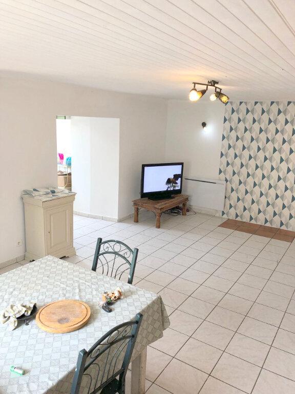 Maison à louer 4 60m2 à Pont-Melvez vignette-2