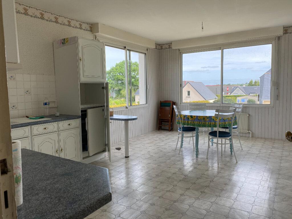 Maison à vendre 6 107.37m2 à Carhaix-Plouguer vignette-3