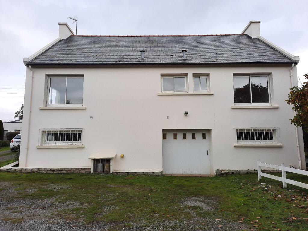 Maison à vendre 6 107.37m2 à Carhaix-Plouguer vignette-7