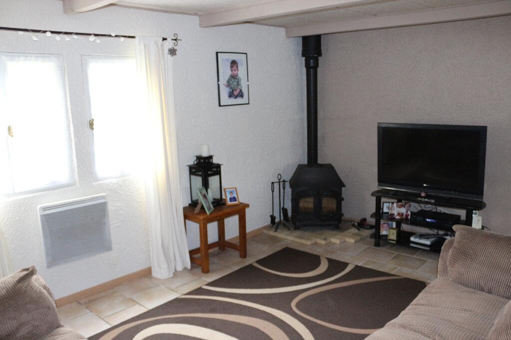 Maison à vendre 4 105m2 à Maël-Carhaix vignette-5
