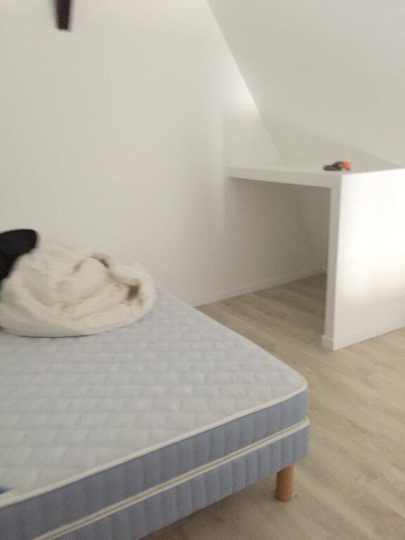 Appartement à louer 2 33m2 à Guingamp vignette-7