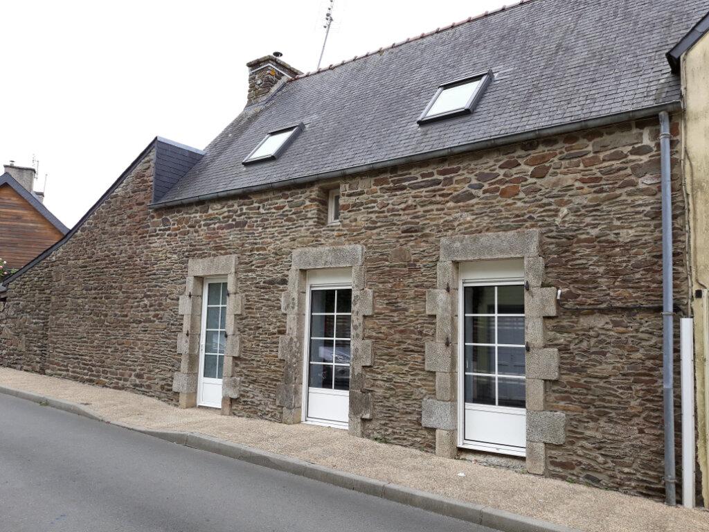 Maison à louer 4 80m2 à Cléden-Poher vignette-1