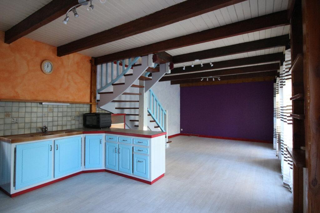 Maison à louer 4 80m2 à Cléden-Poher vignette-2
