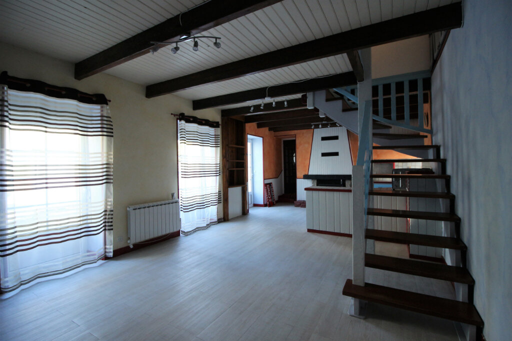 Maison à louer 4 80m2 à Cléden-Poher vignette-3