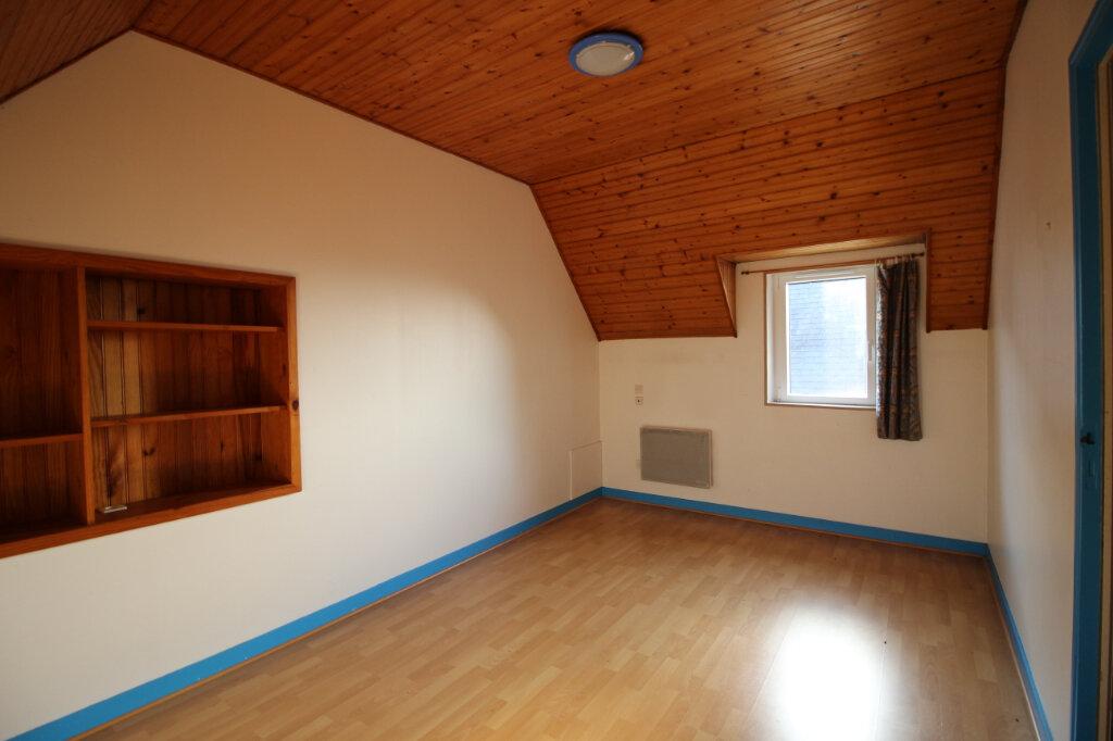 Maison à louer 4 80m2 à Cléden-Poher vignette-4