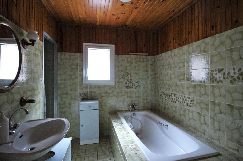 Maison à louer 4 80m2 à Cléden-Poher vignette-5
