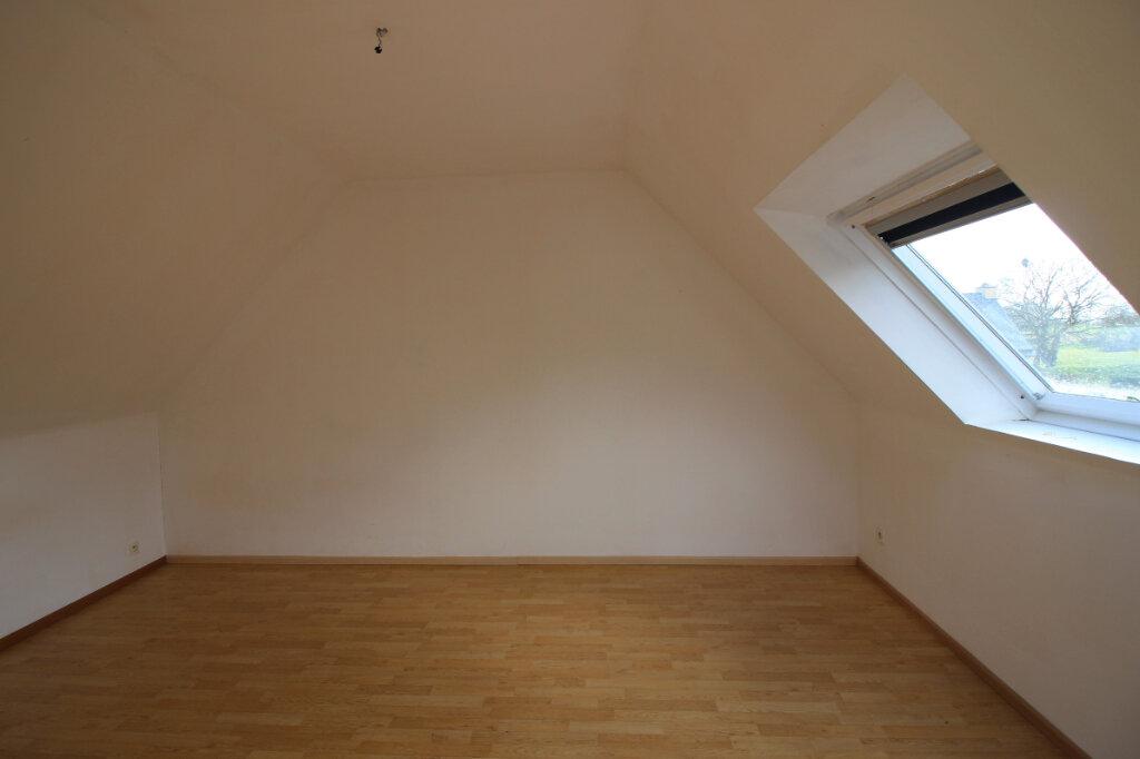 Maison à vendre 5 111m2 à Kergloff vignette-7