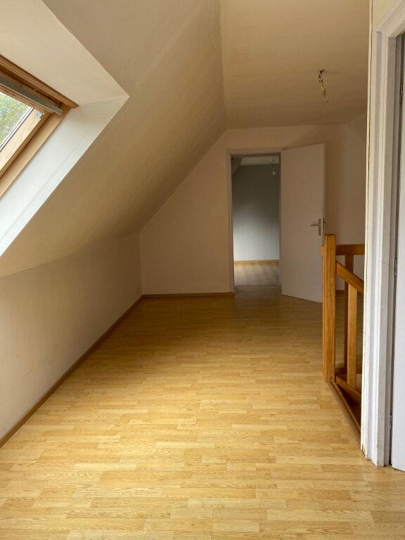 Maison à vendre 5 111m2 à Kergloff vignette-10