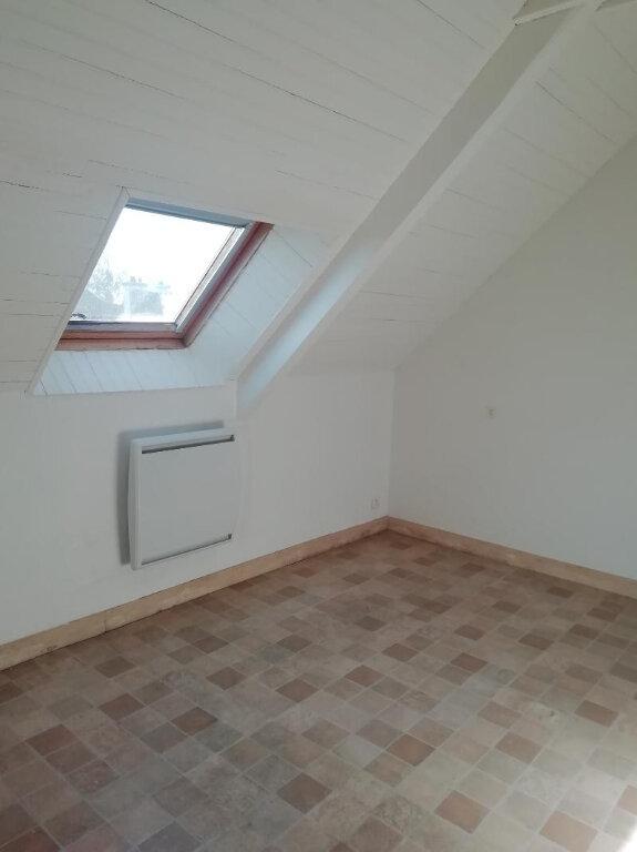 Appartement à louer 3 43.77m2 à Carhaix-Plouguer vignette-4