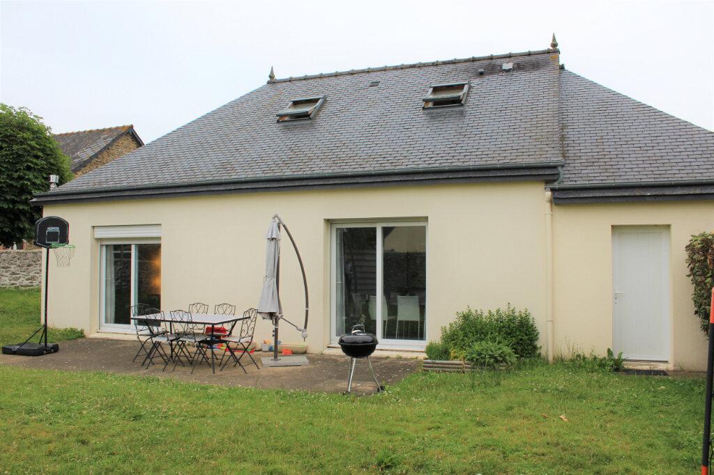 Maison à vendre 5 95m2 à Saint-Donan vignette-1