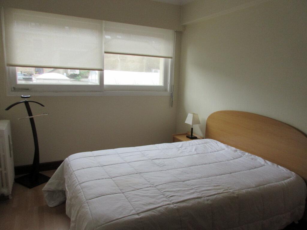 Appartement à louer 3 72m2 à Saint-Brieuc vignette-6