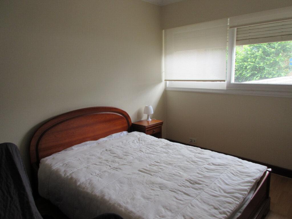Appartement à louer 3 72m2 à Saint-Brieuc vignette-7