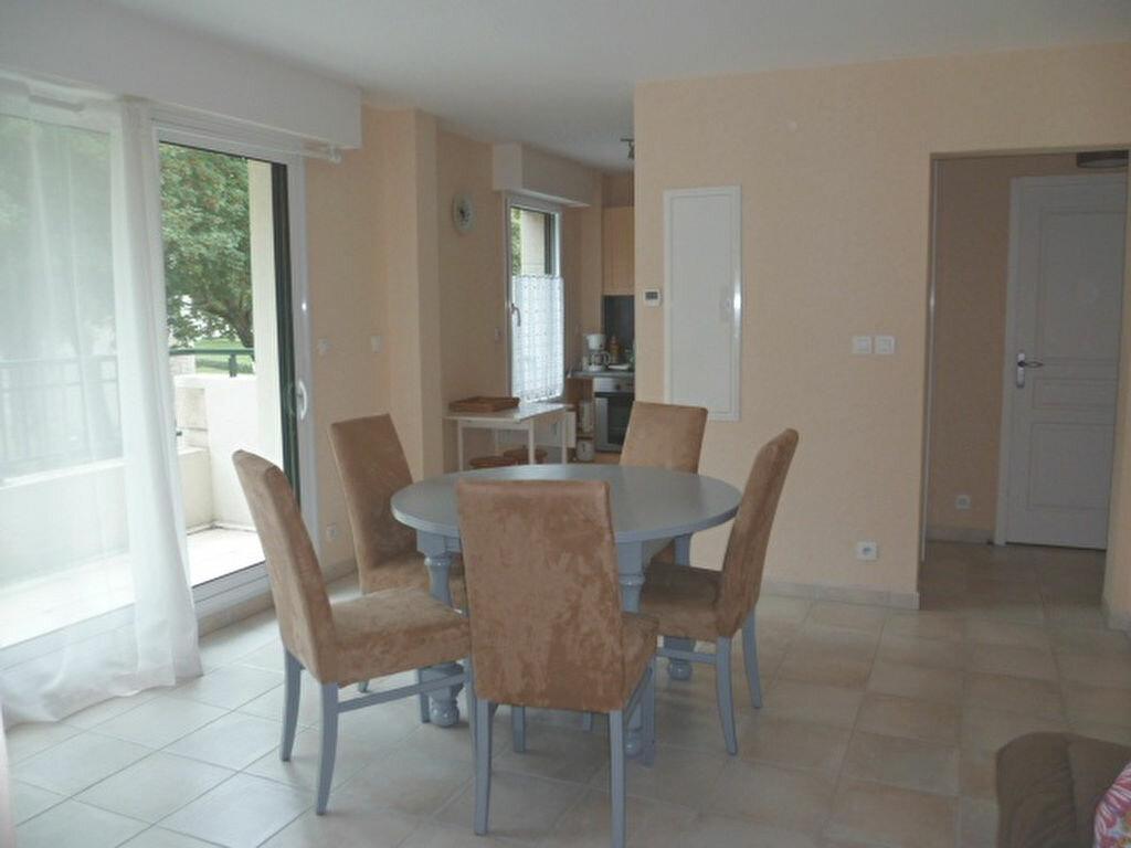 Appartement à louer 2 40.75m2 à Guérande vignette-1