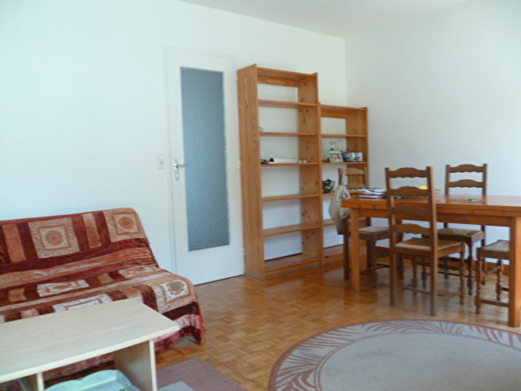 Maison à louer 3 55.55m2 à Saint-Molf vignette-3