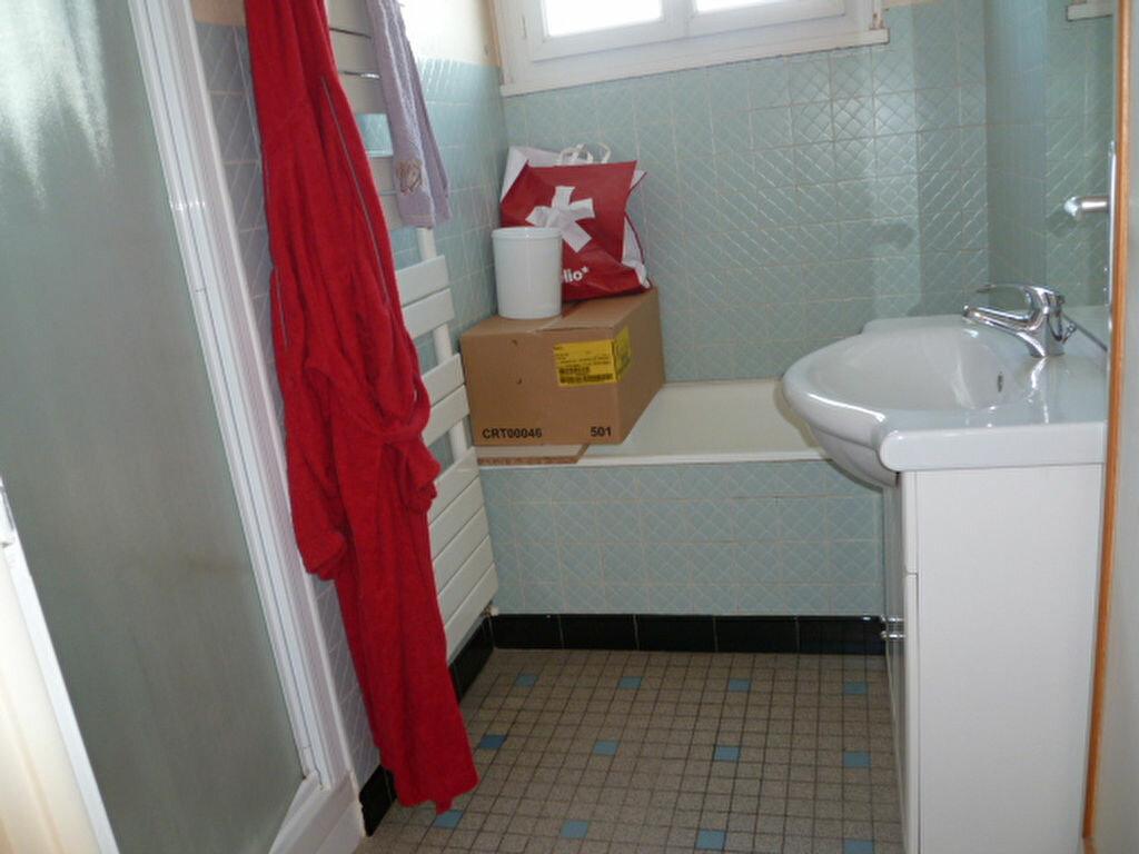 Maison à louer 3 55.55m2 à Saint-Molf vignette-6