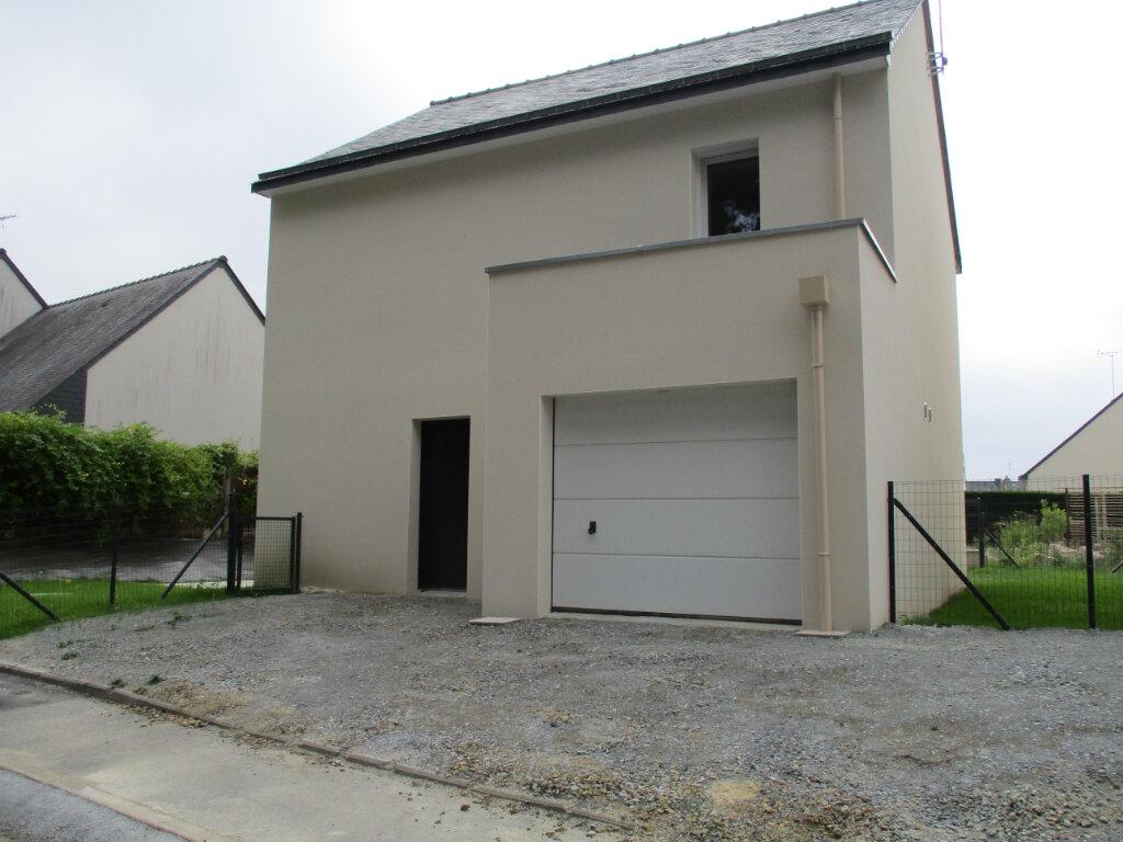 Maison à louer 4 94m2 à Saint-Molf vignette-3