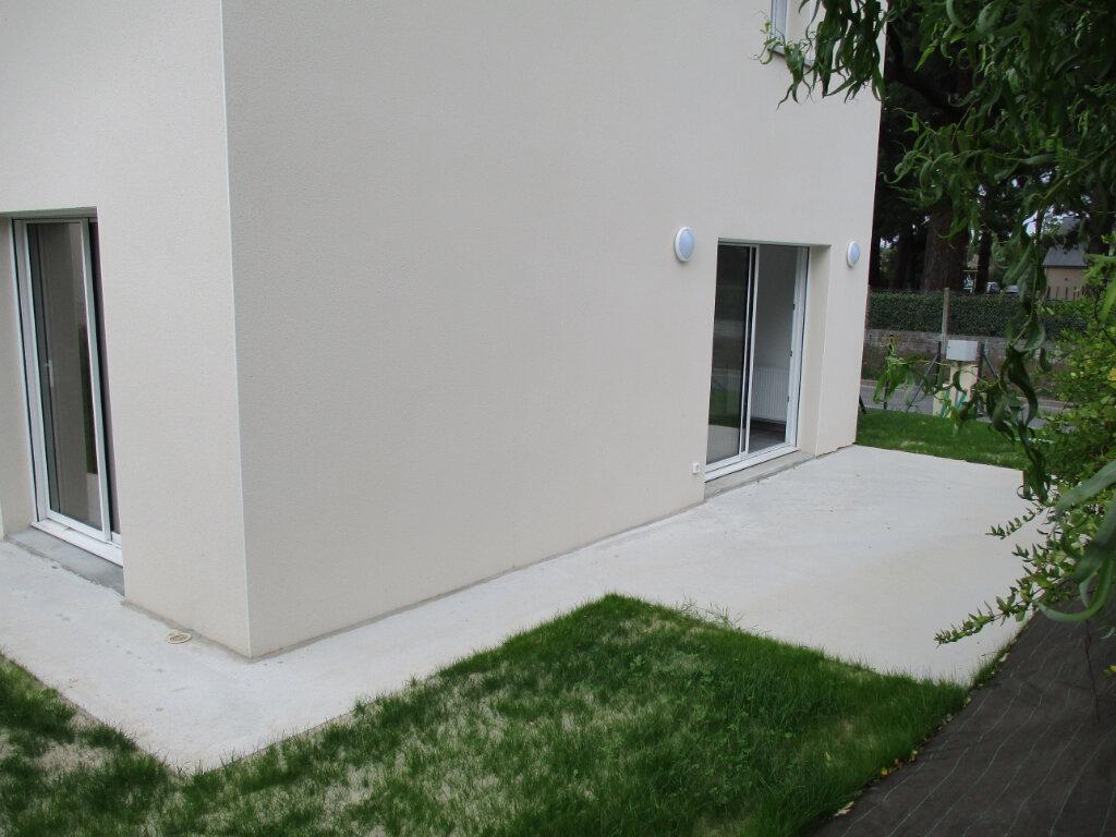 Maison à louer 4 94m2 à Saint-Molf vignette-4