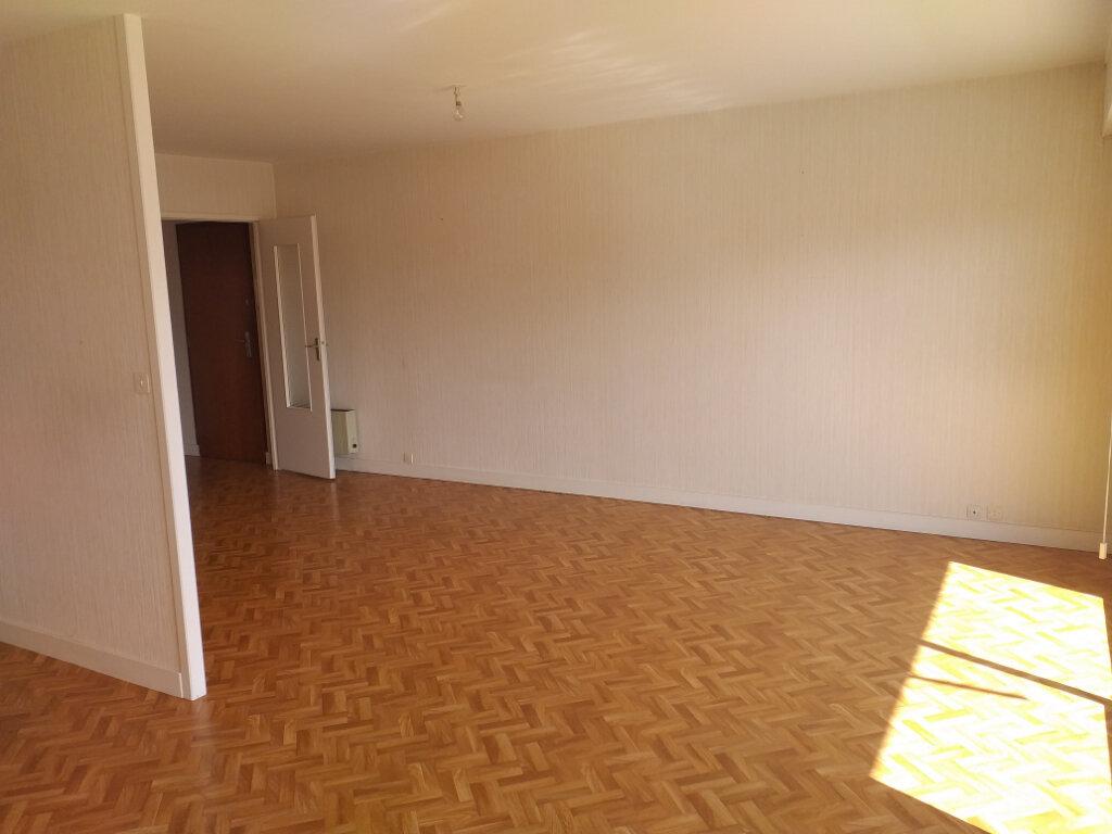 Appartement à vendre 3 66.33m2 à Saint-Nazaire vignette-5
